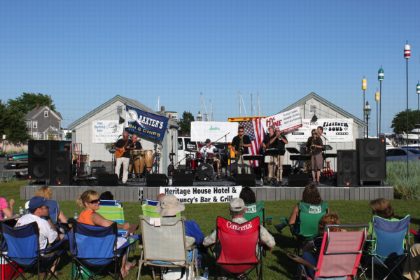 Mike Dumas Band at Aselton Park Hyannis 2009